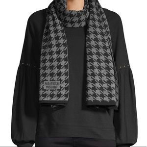 moschino • NEW • cashmere houndstooth scarf